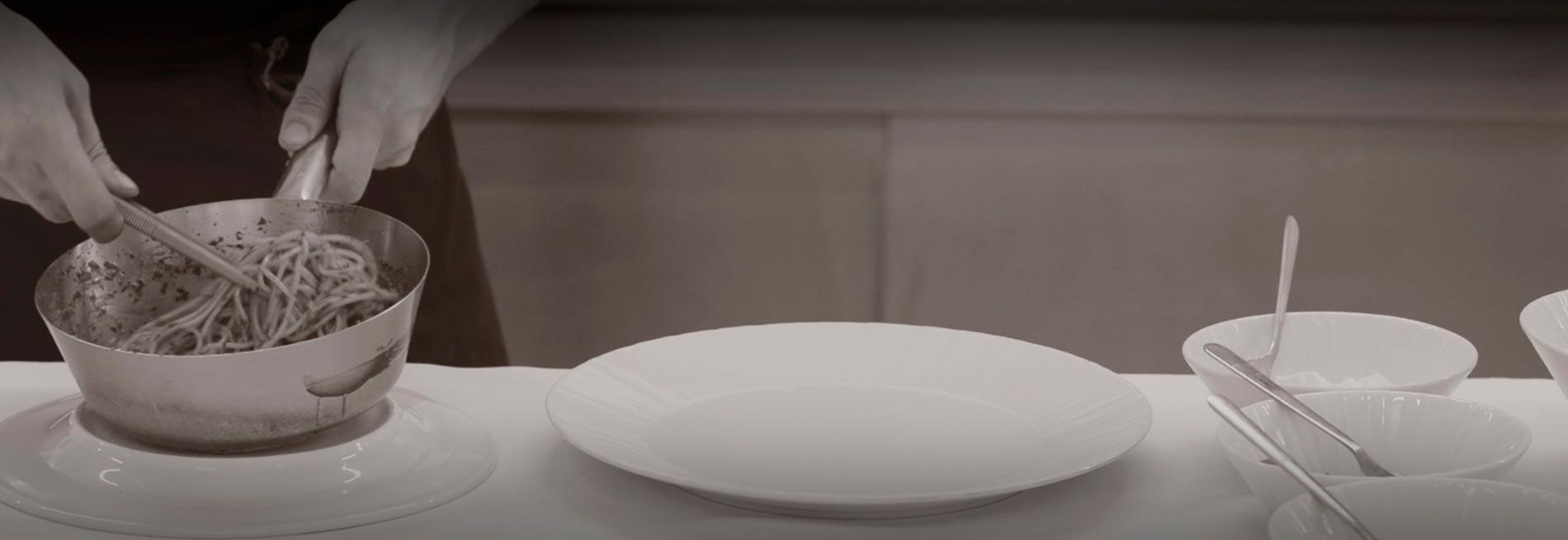 [:it]Gusta[:en]Eat[:fr]DÉGUSTER[:]