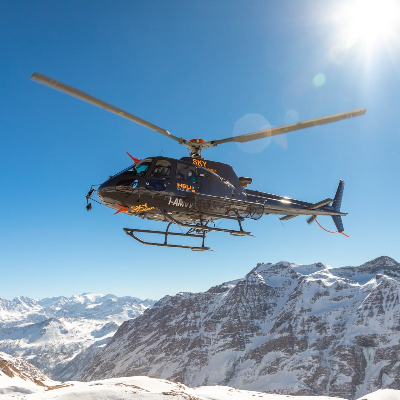 Explore La Thuile from the sky and be enchanted by the highest peak of the Mont Blanc.